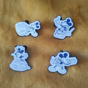 Full Disney Vacation Club Booster Pin Set